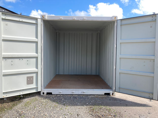 10' Storage Container Interior