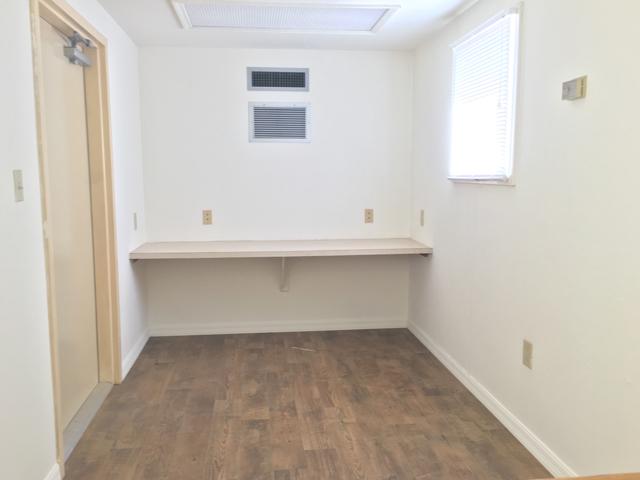 20' Office container interior