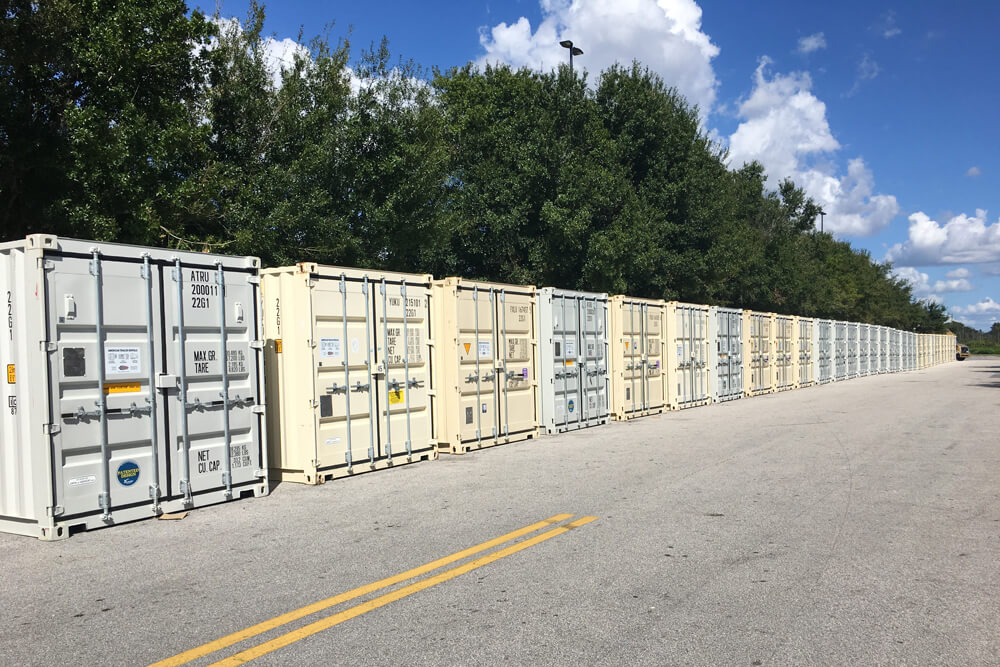 20' Storage Containers lined up on a road